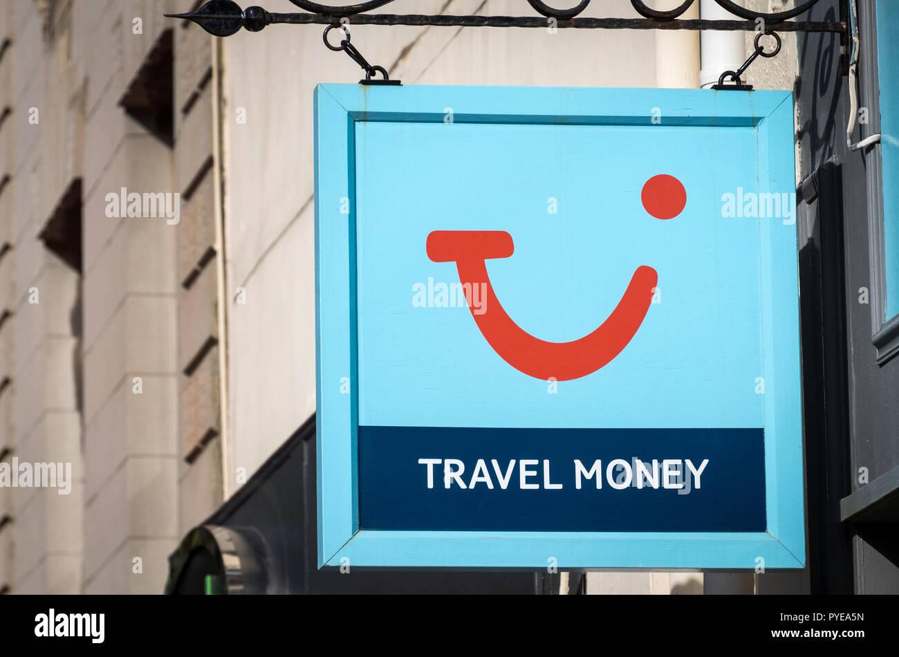 Tui Travel Geld Shop anmelden Stockbild