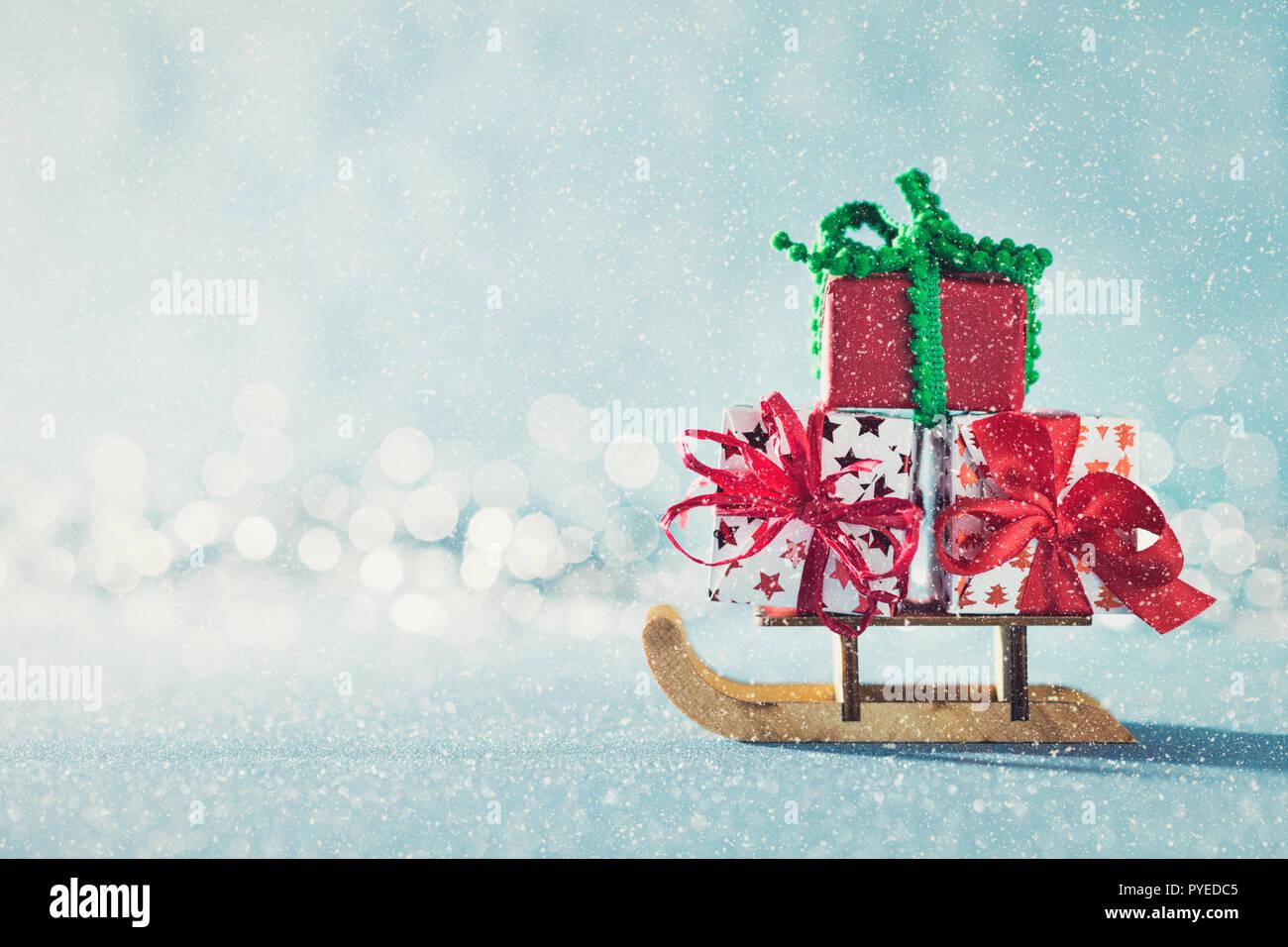 Tolle Weihnachtsgeschenke.Tolle Weihnachtsgeschenke Auf Santas Schlitten Miniatur Weihnachten