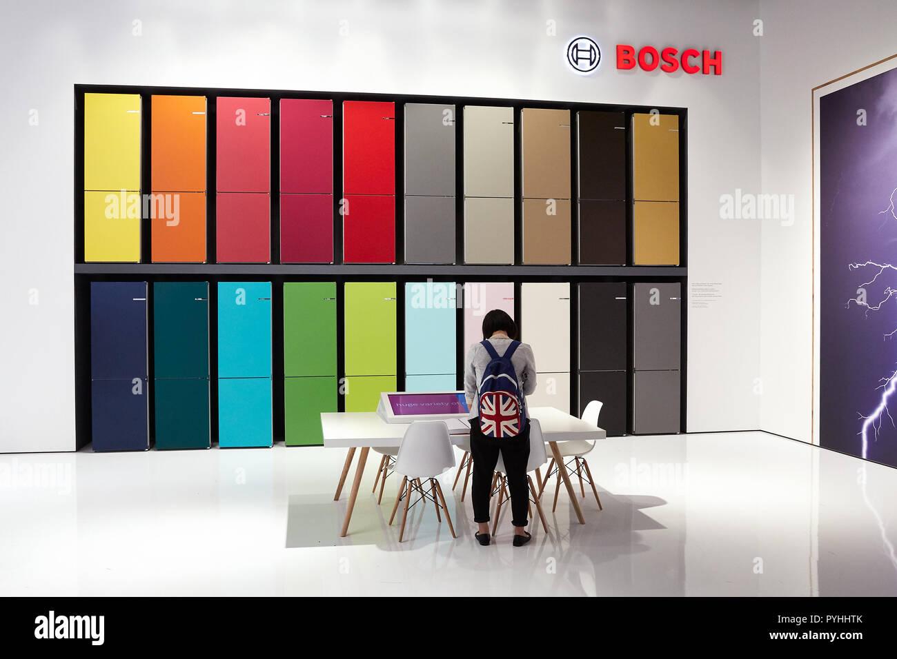 Bosch Vario Style Kühlschrank : Berlin deutschland die deutsche firma bosch seine innovationen