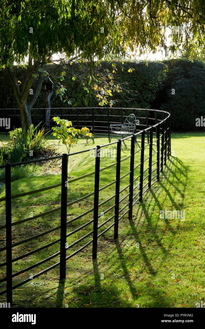 Umzaunung In Englischer Garten England Europa Stockfoto