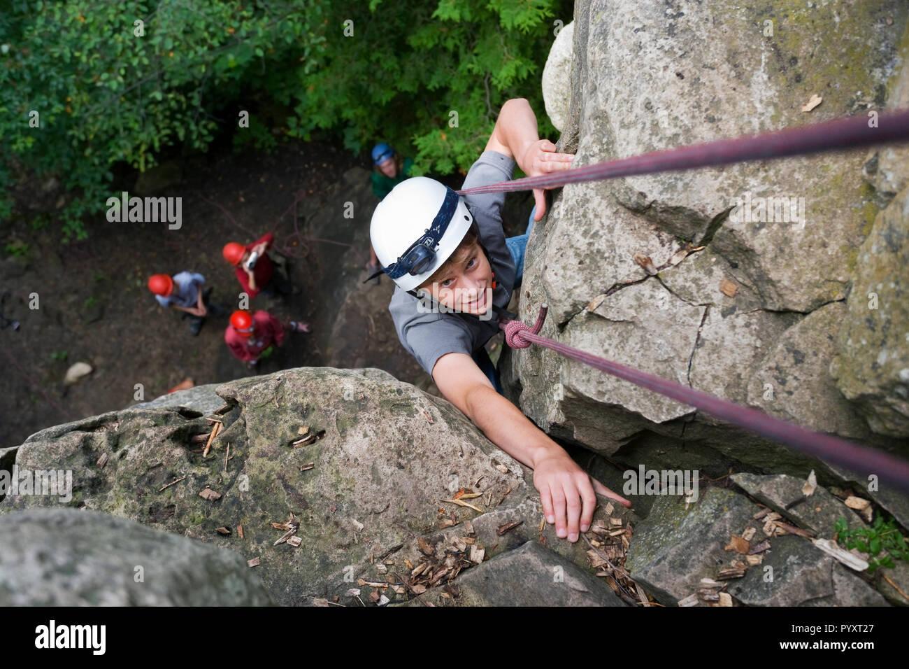 Kletterausrüstung In Der Nähe : Die kletterausrüstung stockfotos bilder