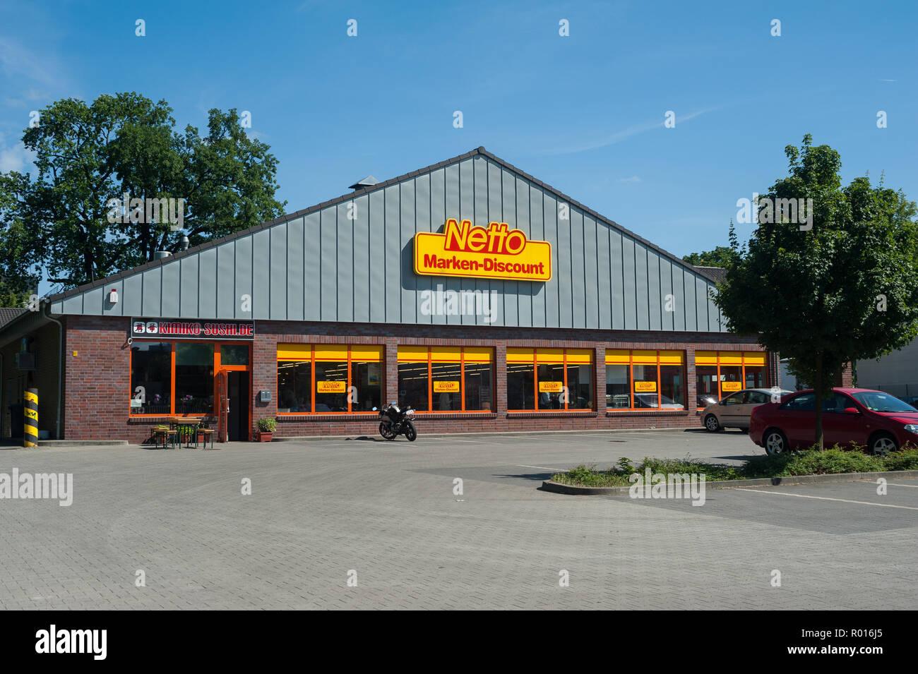Berlin, Deutschland, Netto Supermarkt Stockfotografie   Alamy