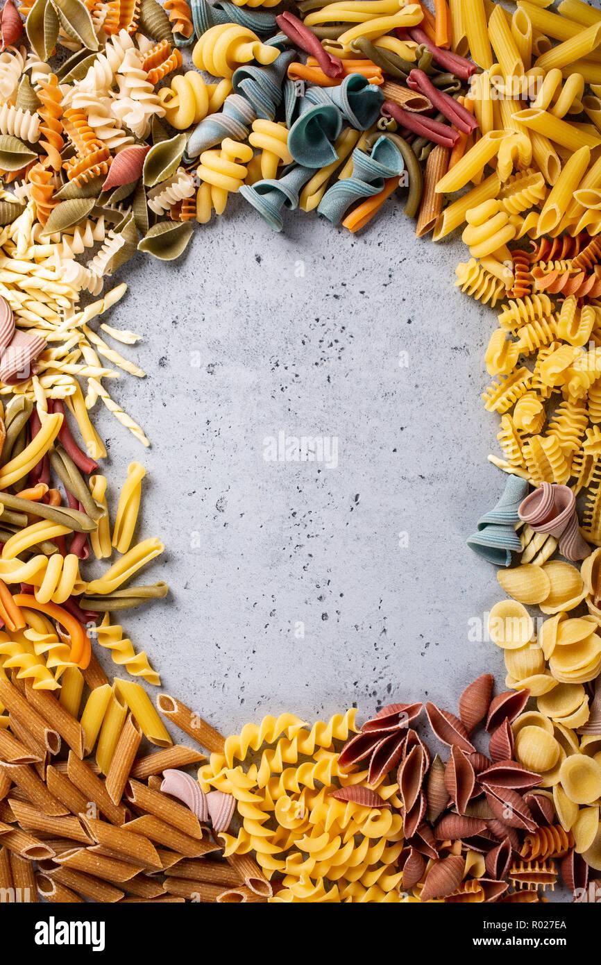 Sortierte bunte italienische Pasta Stockfoto