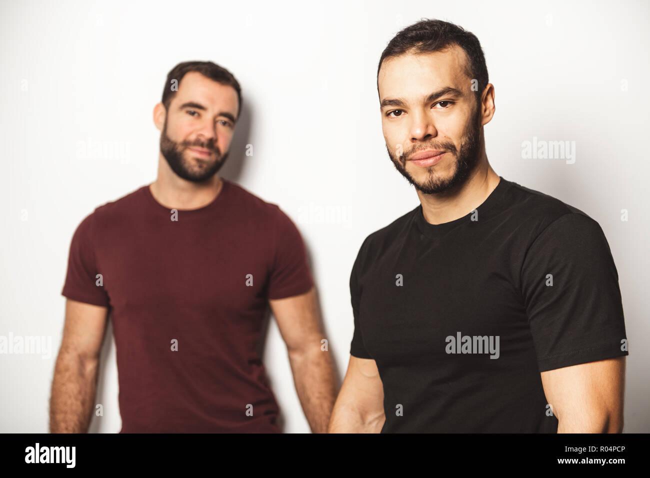 Schwule Jungs blugen sich an