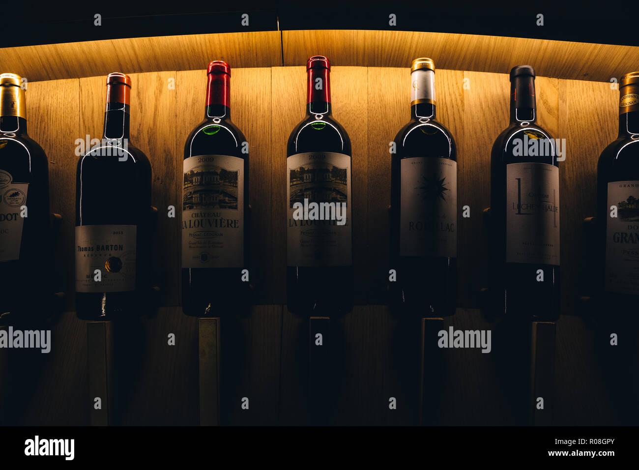 La Cité du Vin, Wein Kulturen und Zivilisationen Museum, Bordeaux, Frankreich 2017 Stockbild