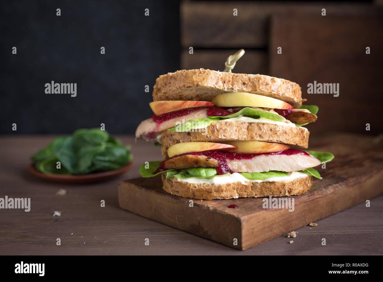 Chicken Stuffing Sandwich Stockfotos & Chicken Stuffing Sandwich ...