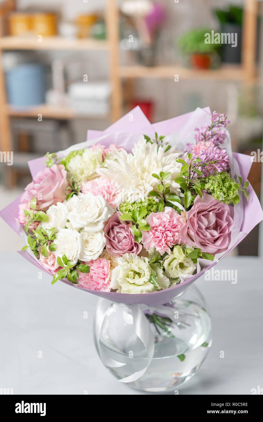 Europäische Blumen Shop Blumenstrauß Gemischt Wunderschöne Blumen
