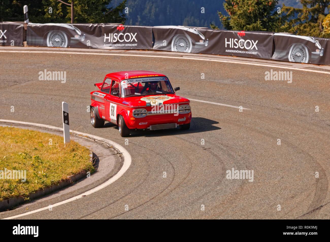 Berchtesgaden, Deutschland 2016-09-24: Zweite Runde der historischen Rennwagen - Internationale Edelweiss Bergrennen am Rossfeld Panorama Straße (Rossfeld P Stockbild