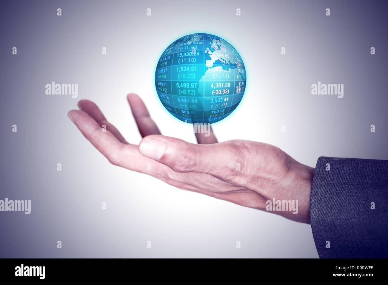 Geschäftsmann Holding global business Welt in seiner Hand. Global Business und Technologie Konzept. Stockbild