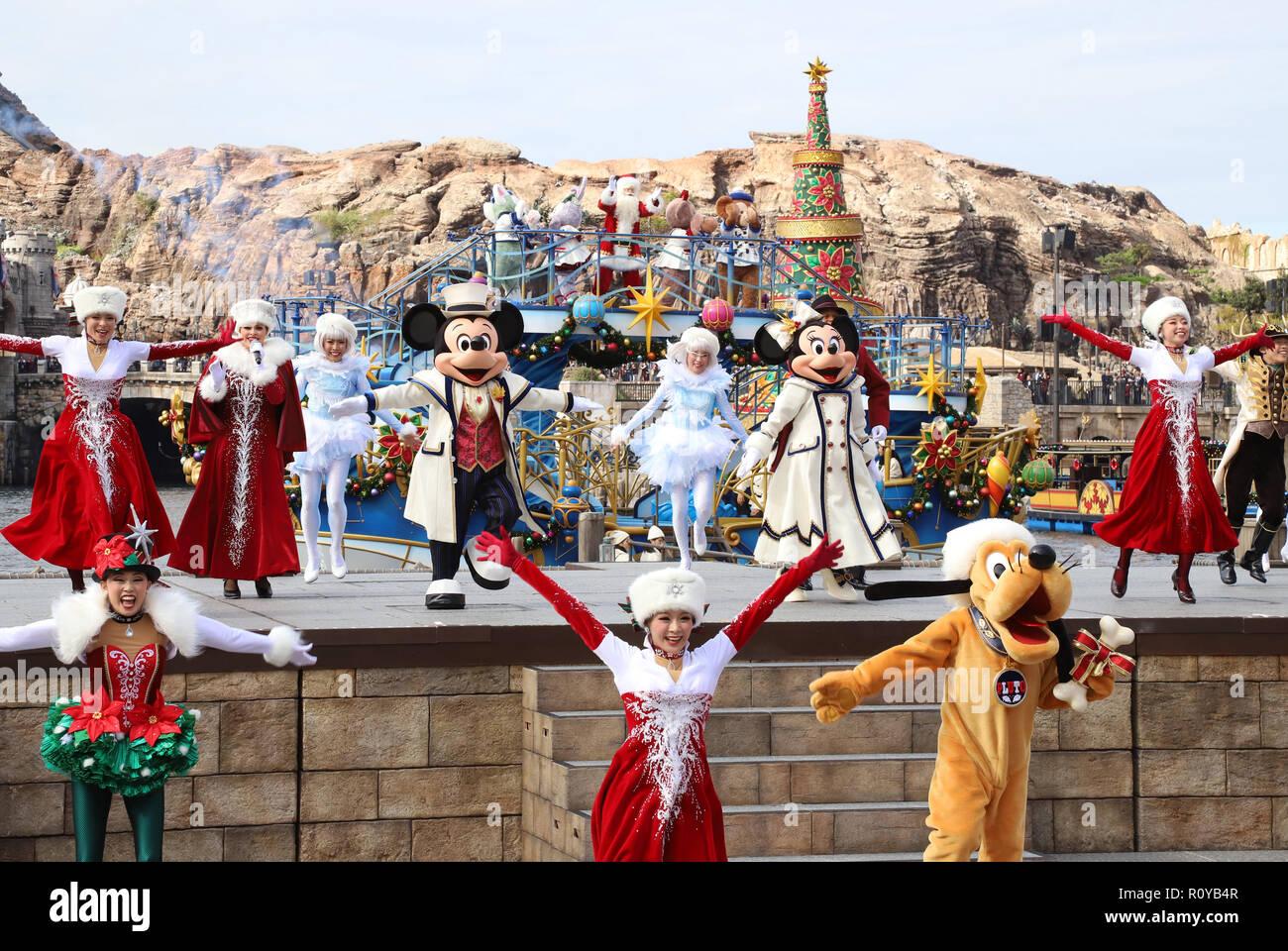 Urayasu, Japan. 7 Nov, 2018. Disney Figuren Mickey, Minnie Maus und ...