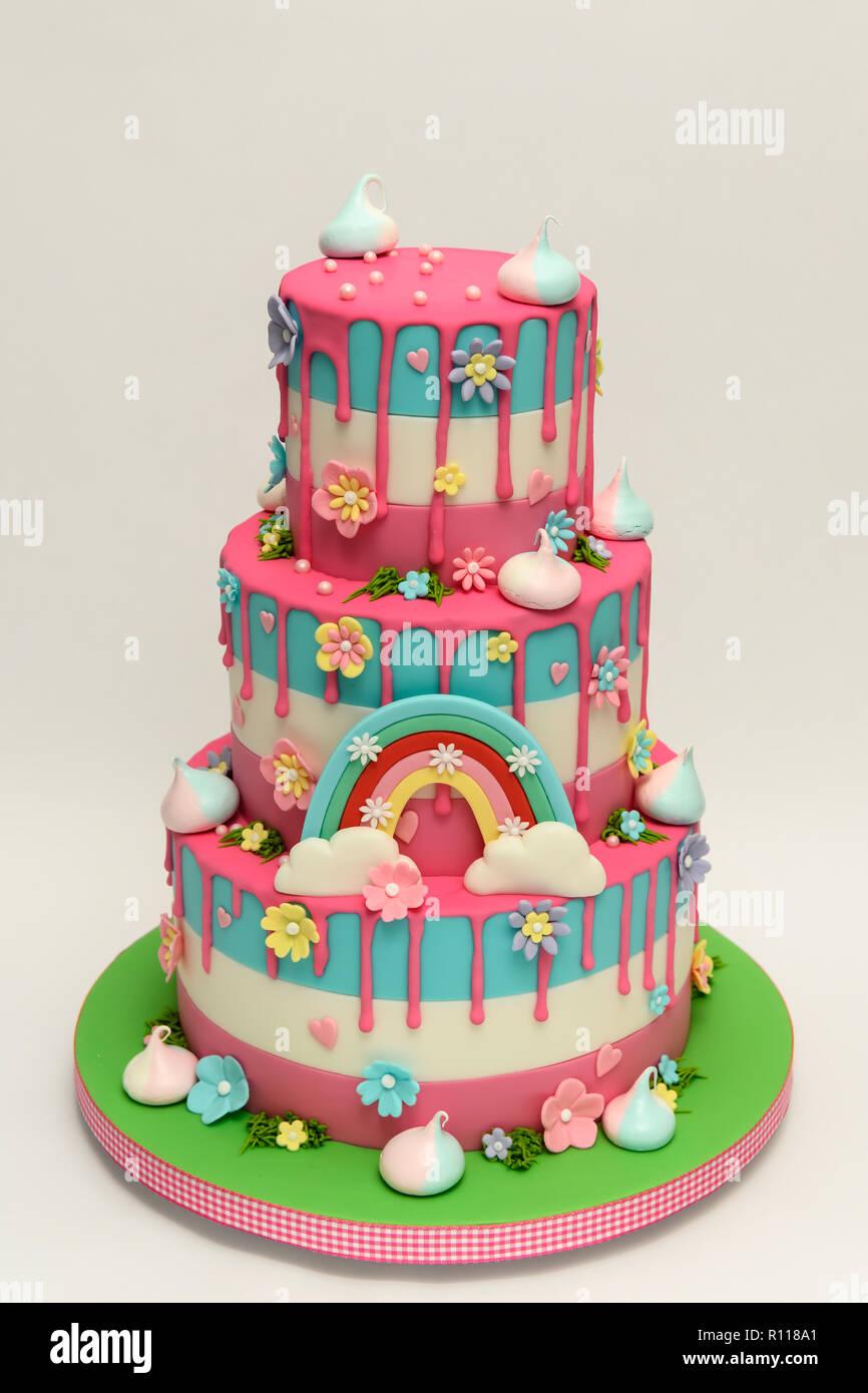 Neuheit Childrens Birthday Cake