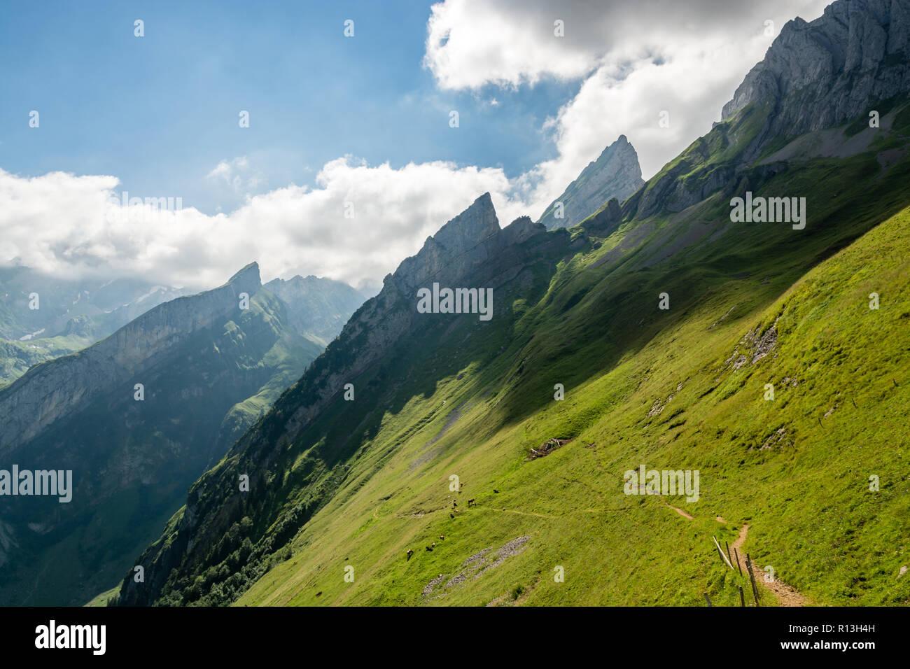 Wunderschöne Wanderung in Appenzell Alpen in der Schweiz Stockbild