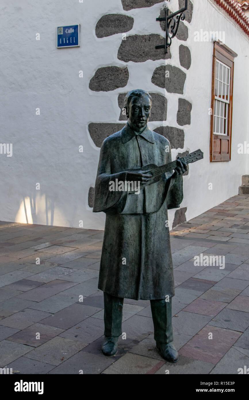 Statue eines traditionellen timple Spieler in der Nähe des Hauptplatzes in Los Llanos de Aridane, La Palma, Kanarische Inseln, Spanien Stockbild