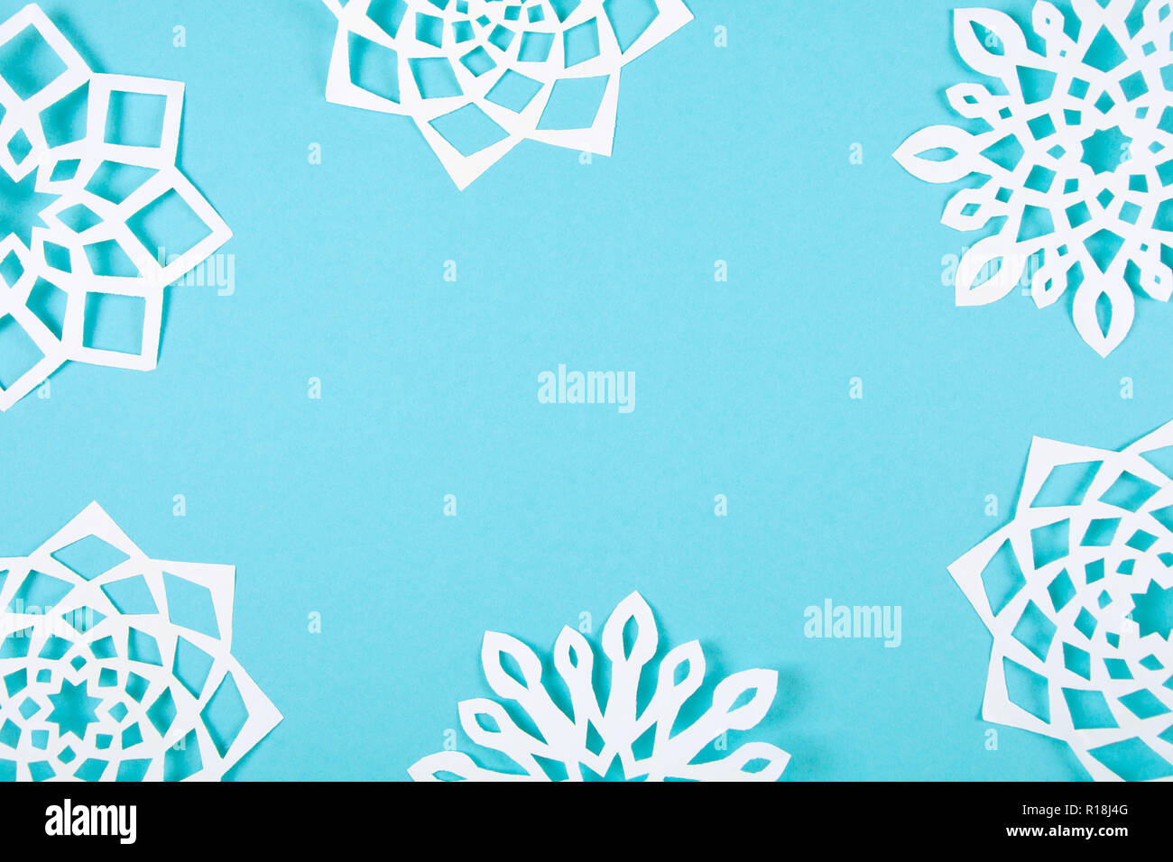 Papier Schneeflocken Auf Blauem Hintergrund Ansicht Von Oben