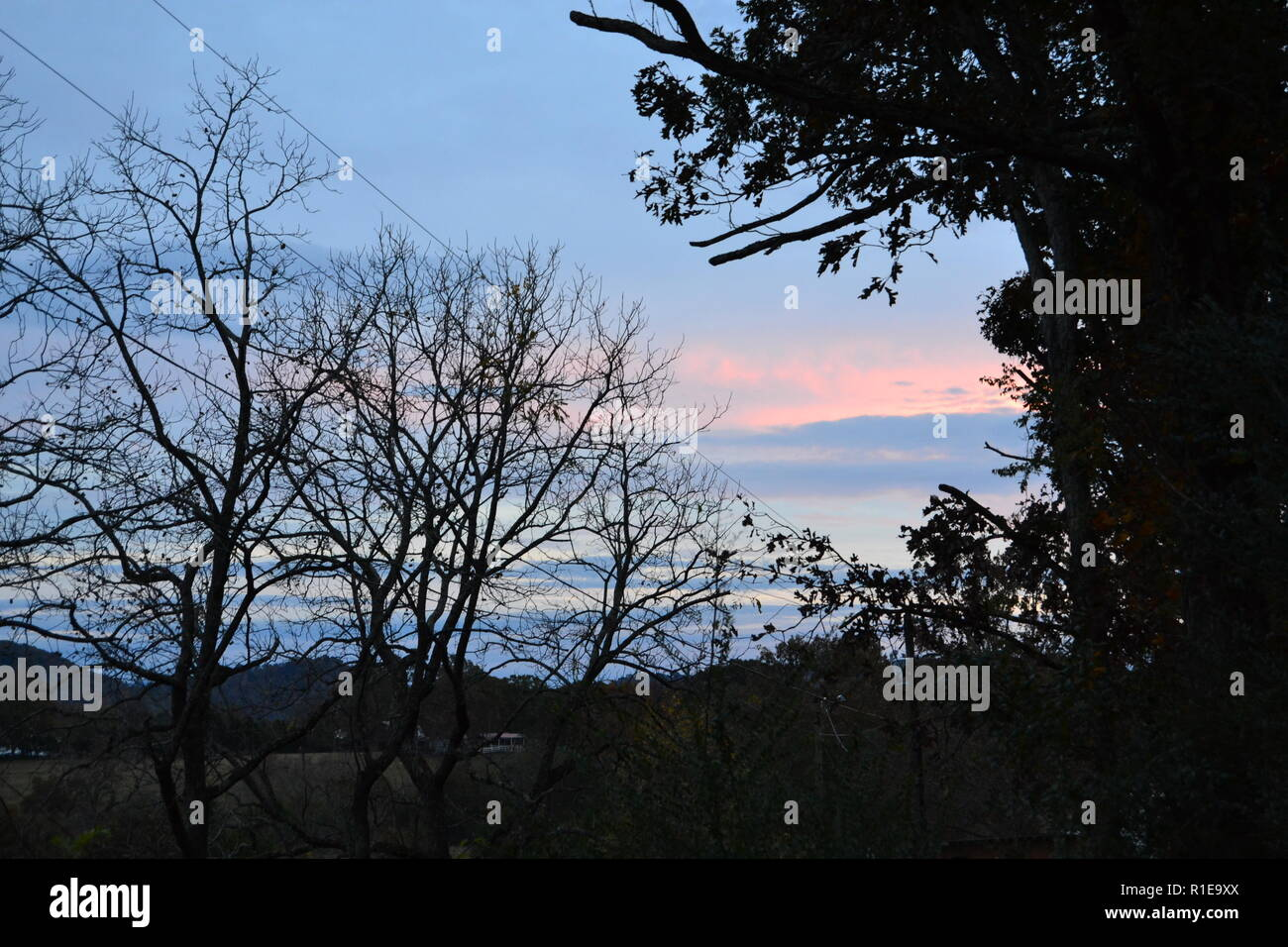 Herbst Sonnenuntergang am Horizont in Sweetwater, TN Stockfoto