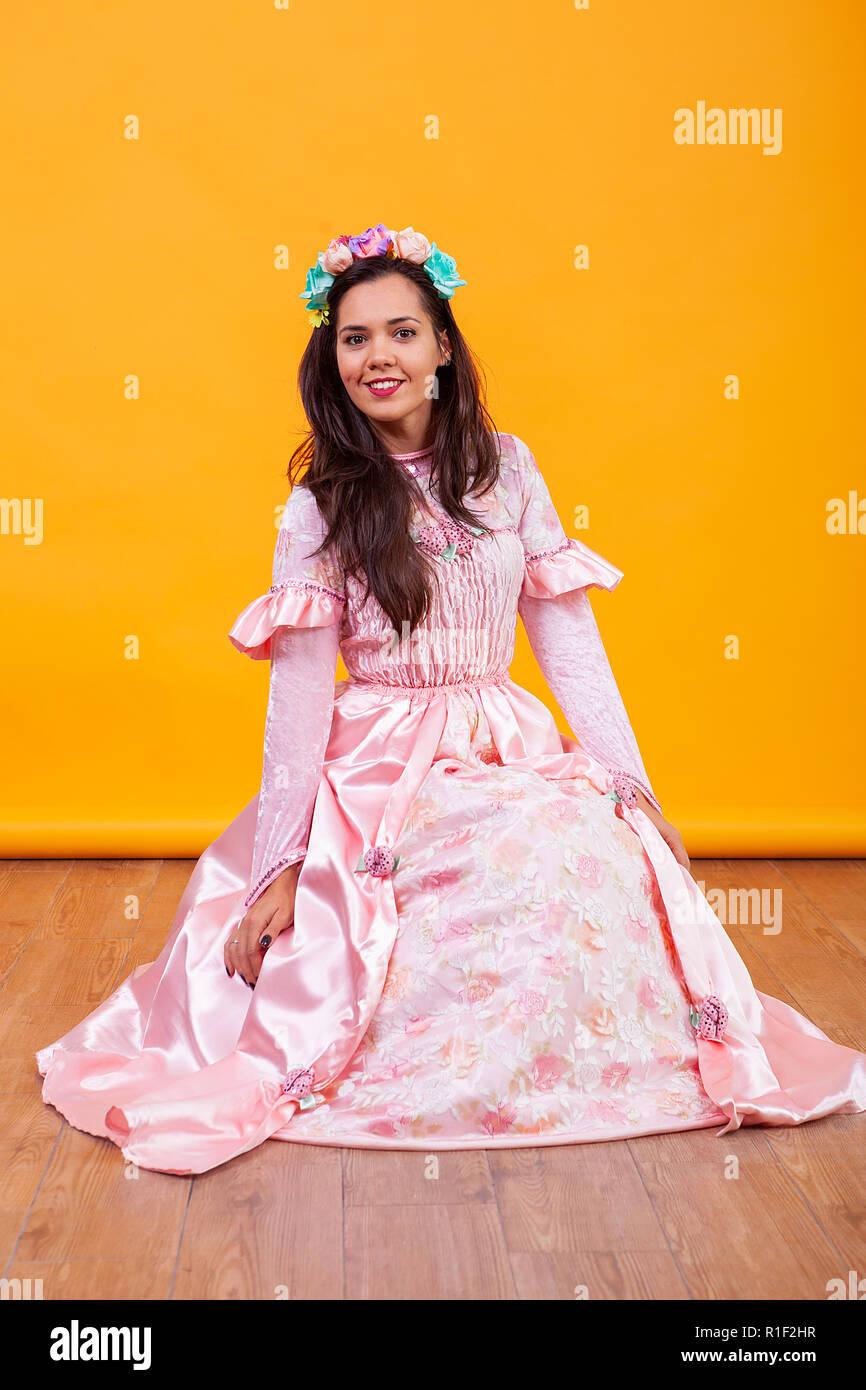 Schöne Frau Fee Geschichte Stockfoto mit junge KleidFaiy rosa 0OPX8nwk