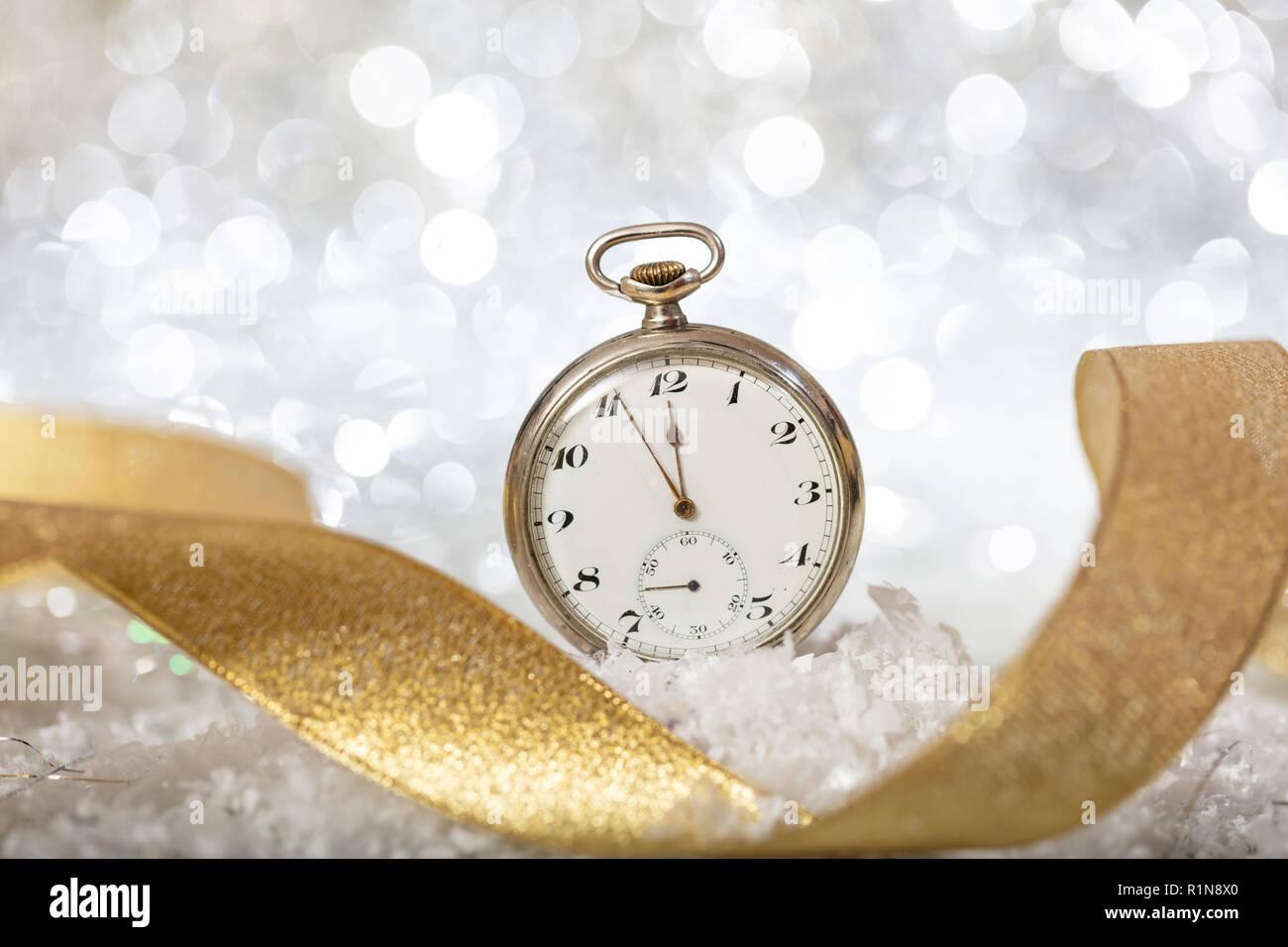 Midnight Countdown Stockfotos Und Bilder Kaufen Alamy