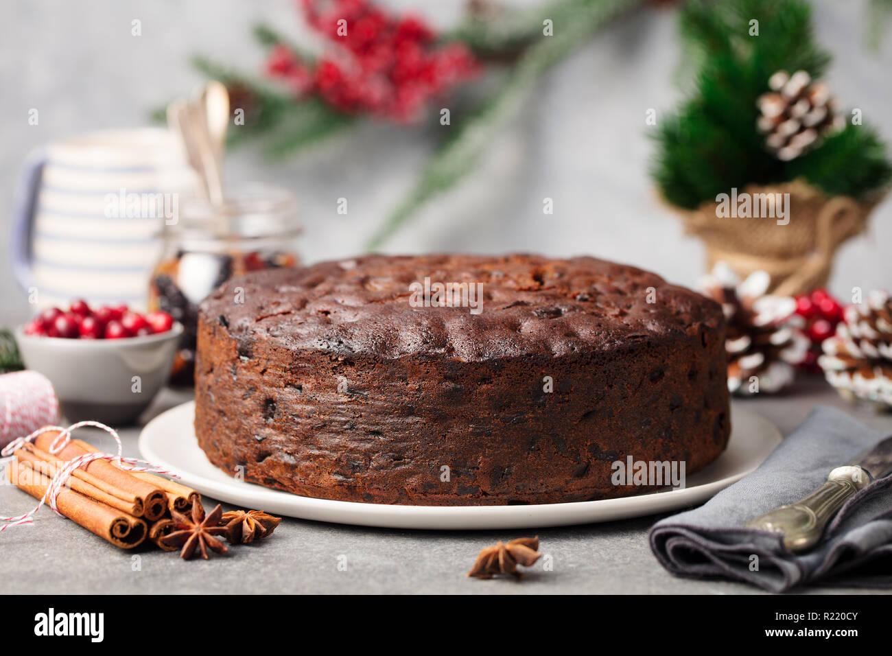 Weihnachten Obst Kuchen Pudding Auf Weisse Platte Kopieren Sie