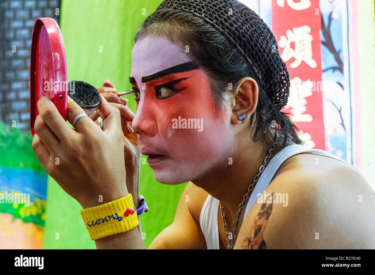 Bangkok, Thailand: Ambulante Chinesische Oper Schauspieler, die auf der Bühne während einer Tour in Thailand. Stockfoto