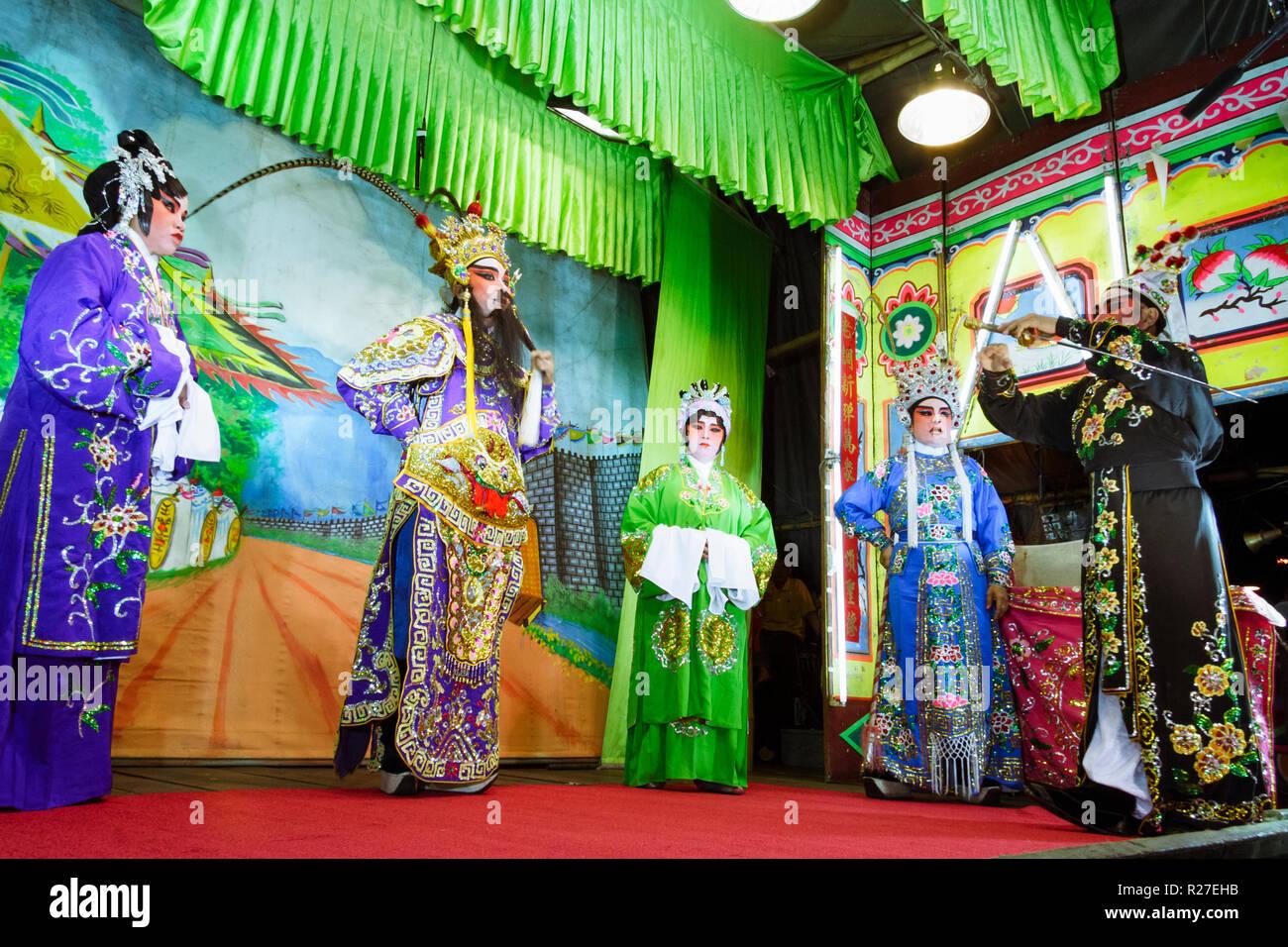 Bangkok, Thailand: Ambulante Chinesische Oper Schauspieler auf der Bühne während einer Tour in Thailand. Stockfoto