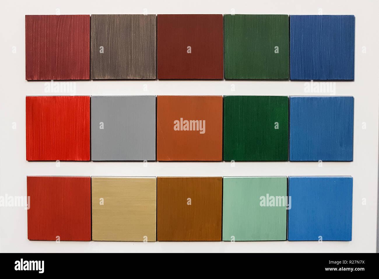15 populäre Farben Blank web Internet Tasten. Quadratische Form mit auf weißem Hintergrund Stockbild