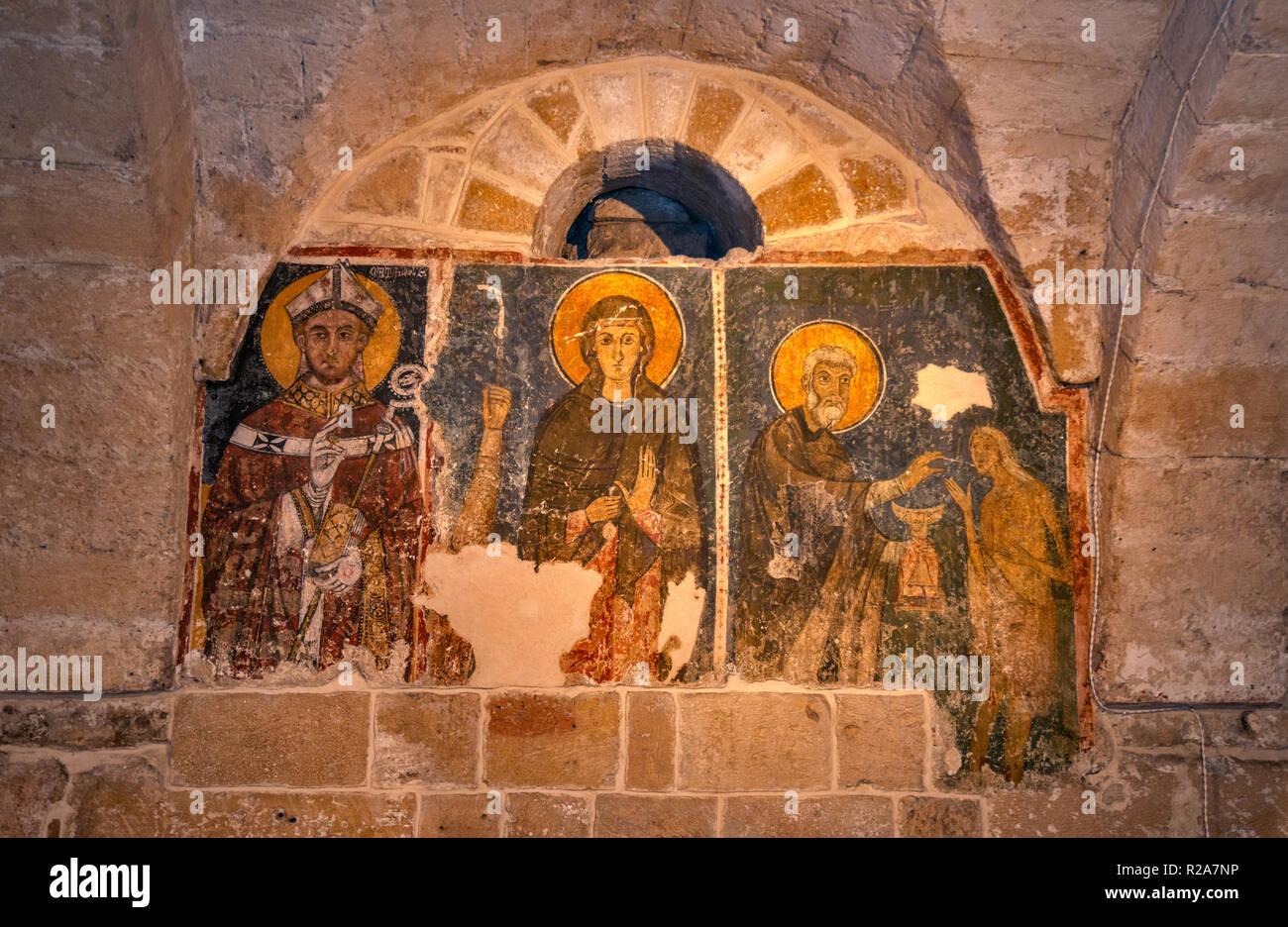 Mittelalterliche Fresken in der Krypta der Kathedrale San Cataldo, in Taranto, Apulien, Italien Stockbild