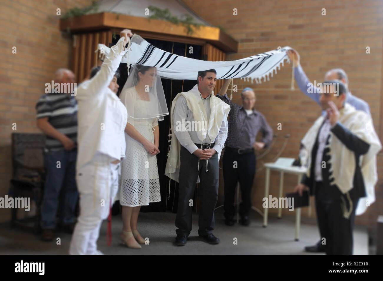 Judische Braut Und Brautigam In Einem Modernen Orthodoxe Judische