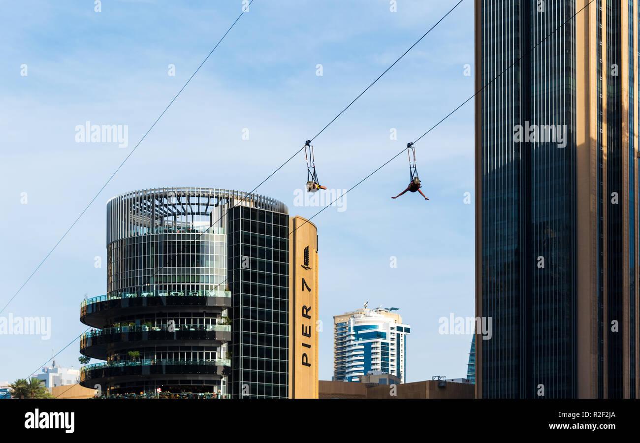 Zipline Tower Stockfotos Und Bilder Kaufen Alamy