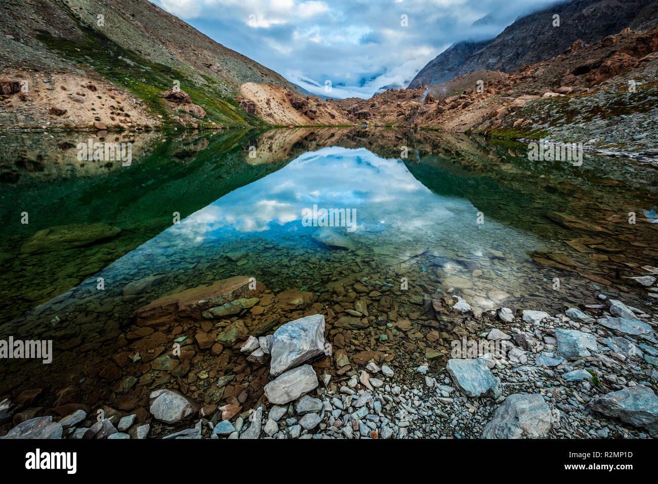 Deepak Tal See in Himalaya Stockbild