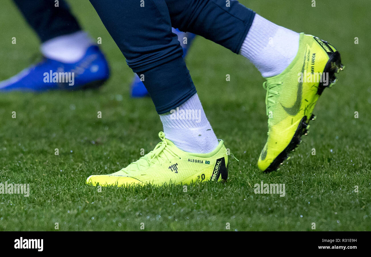 Nike Boot Stockfotos & Nike Boot Bilder Alamy