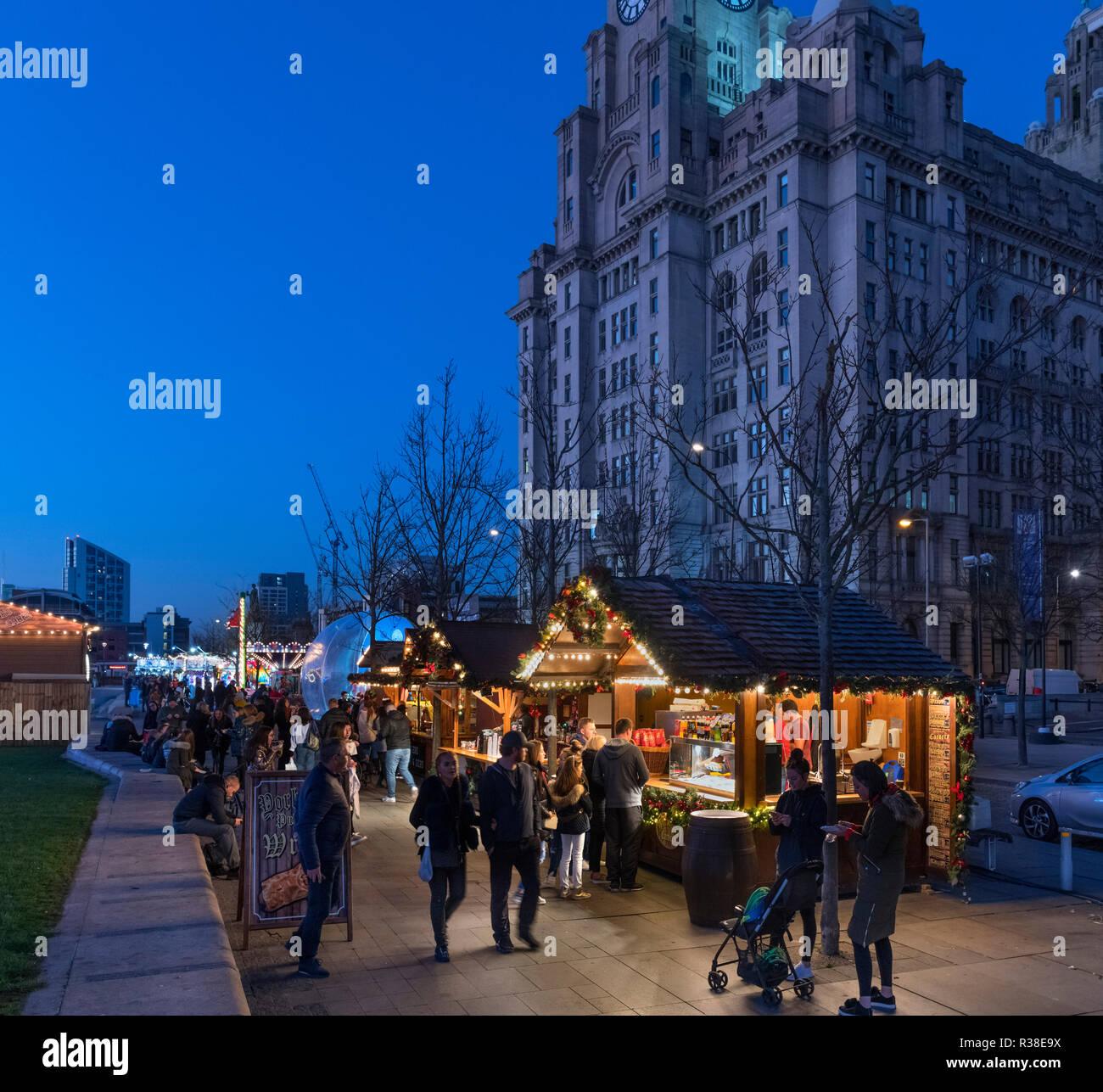 Stände Weihnachtsmarkt.Weihnachtsmarkt Stände Auf Dem Weihnachtsmarkt Ice Festival