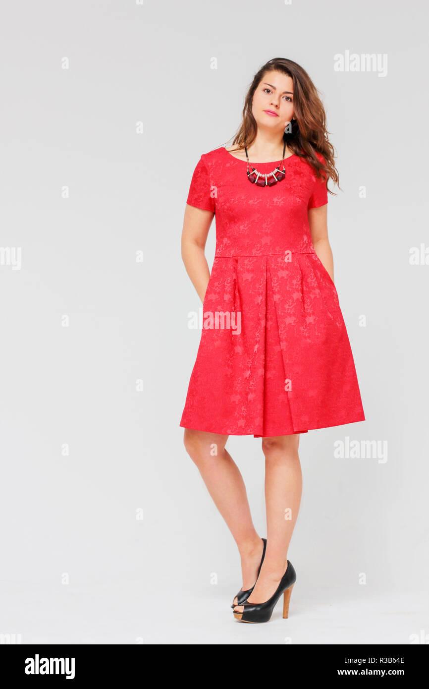 Hubsche rote kleider