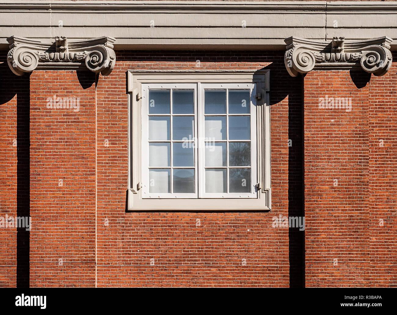 Traditionelle niederländische Fenster im Amsterdams Historisch Museum Stockbild