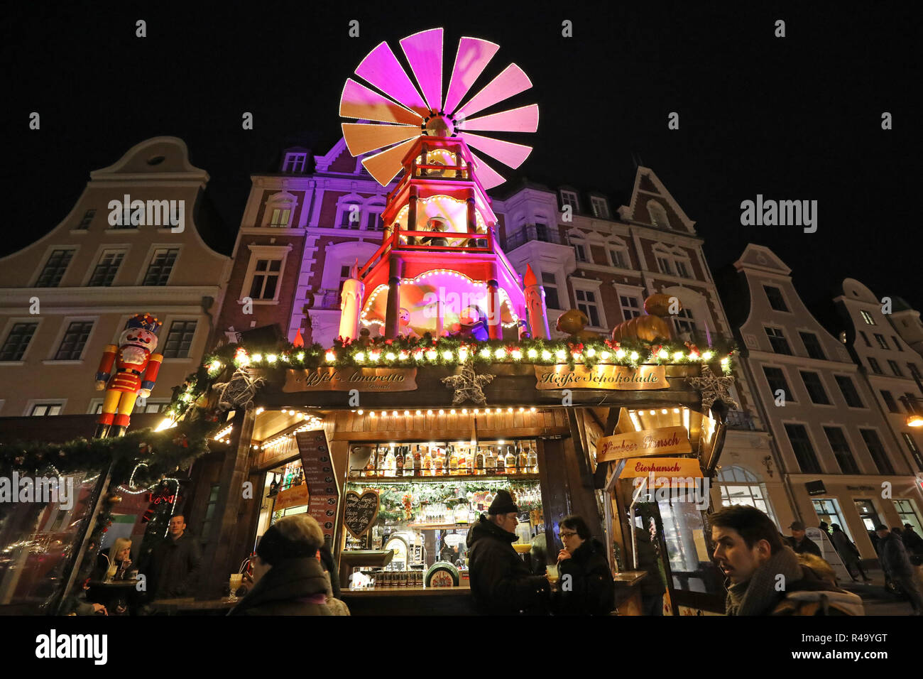 Weihnachtsmarkt In Rostock.Rostock Deutschland 26 Nov 2018 Nach Der Eröffnung Des