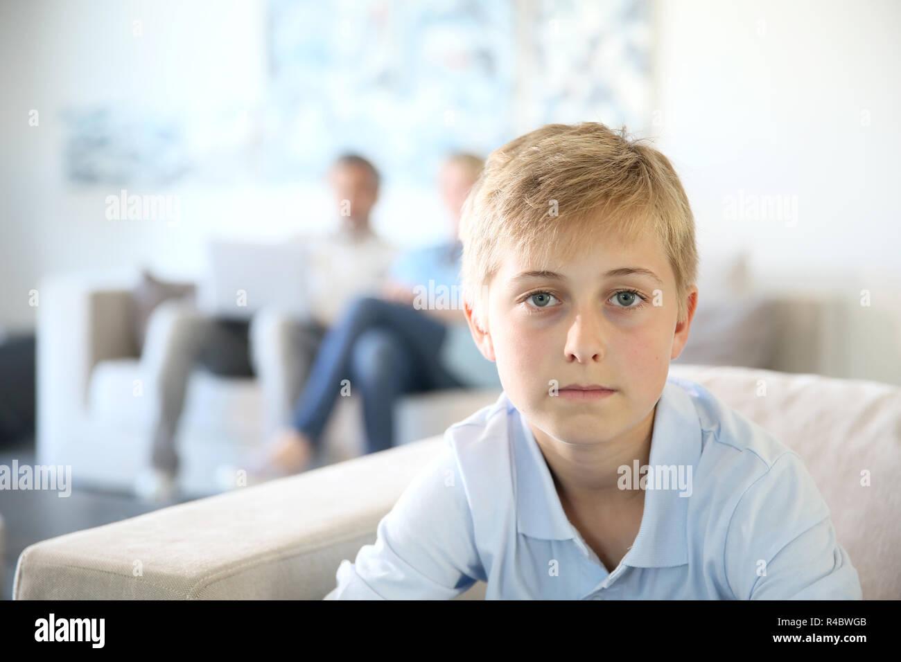 12-jähriger Junge datiert Beratung