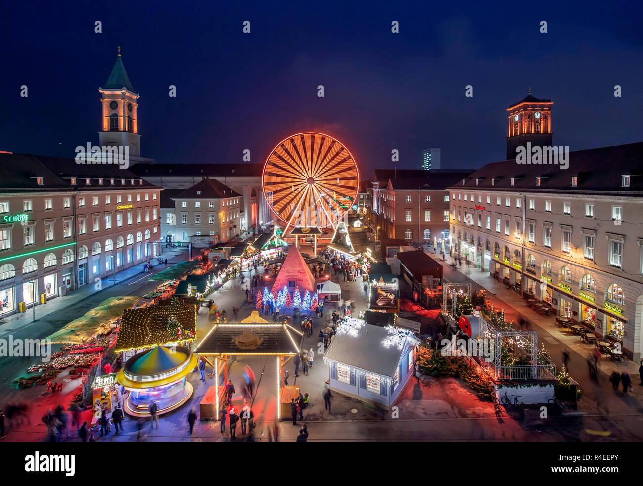 Karlsruhe Weihnachtsmarkt.Karlsruhe Deutschland 27 Nov 2018 Auf Dem Weihnachtsmarkt Auf