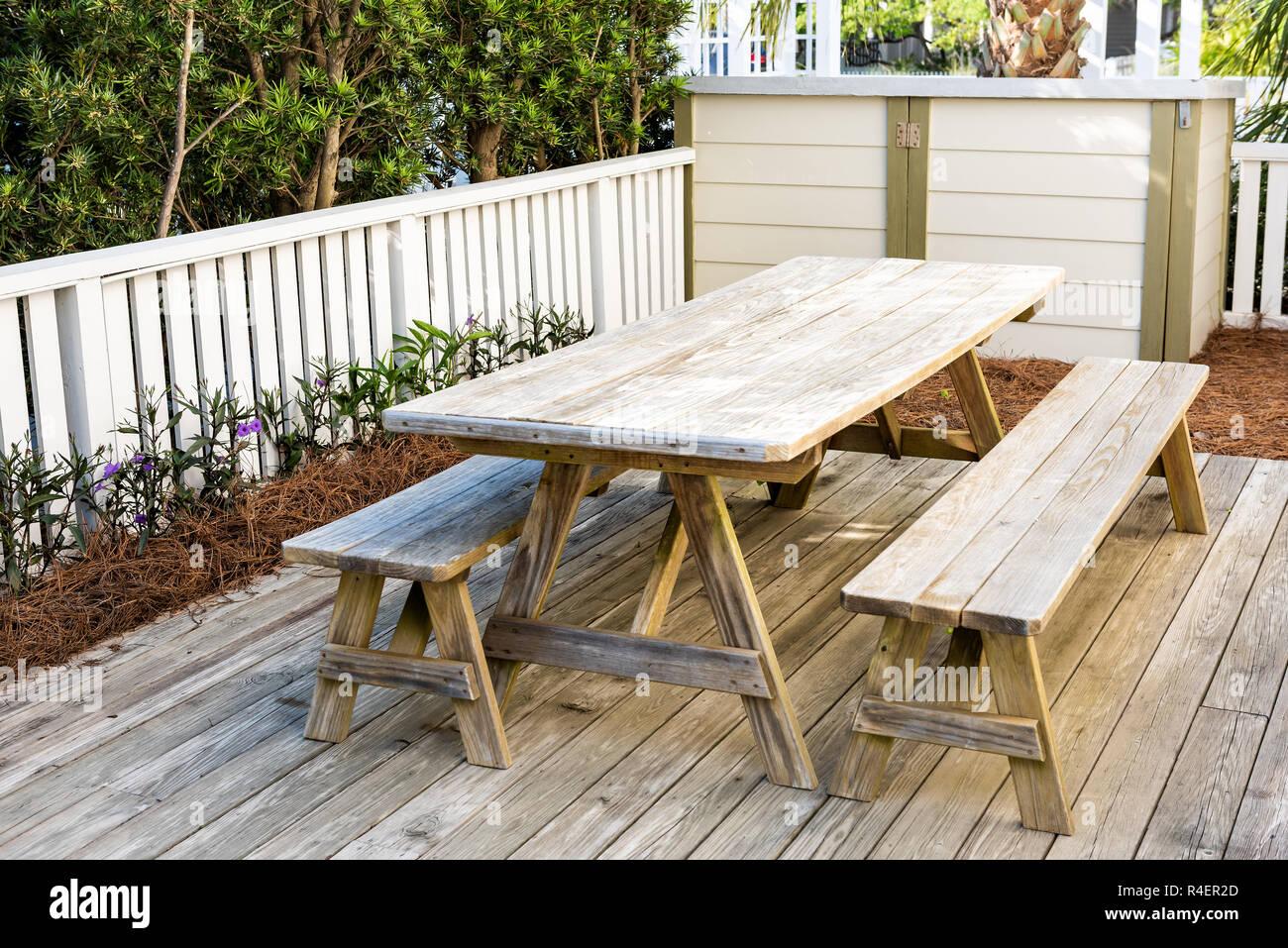 Nahaufnahme Des Leeren Holztisch Niemand In Terrasse Garten Garten