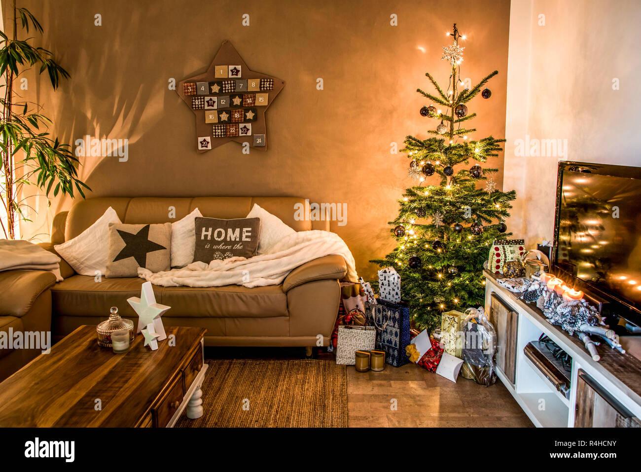 Frohe Weihnachten schöne Wohnzimmer Baum setup aith ...
