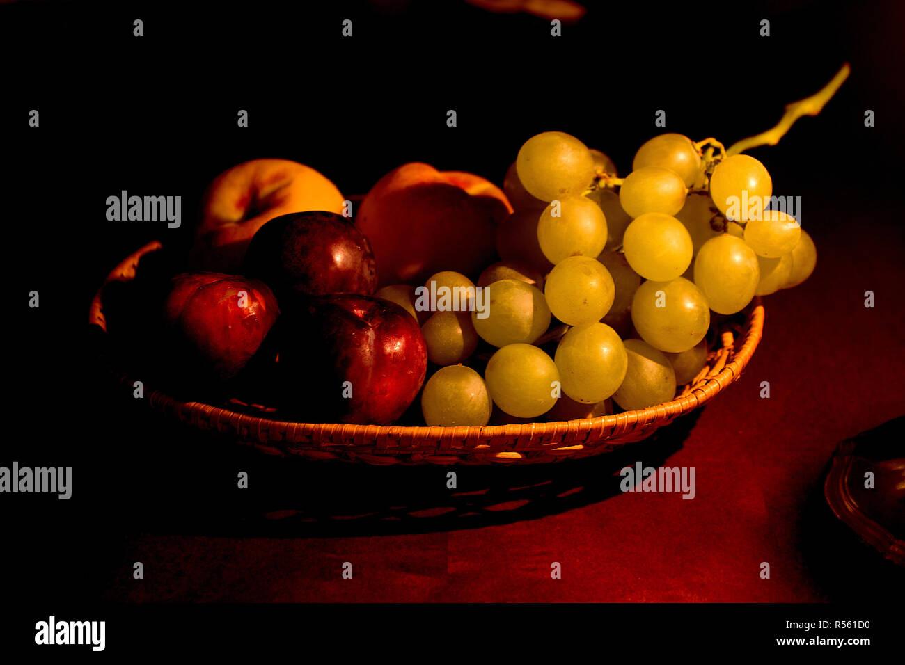 Renaissance Obstkorb Stockbild