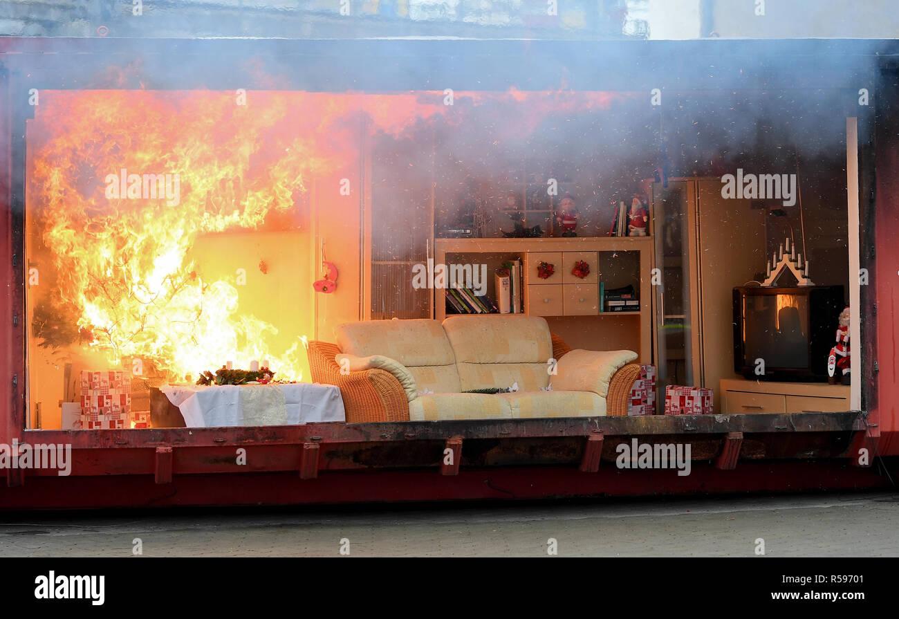 Berlin Deutschland 30 Nov 2018 Brennt Ein Feuer In Einem