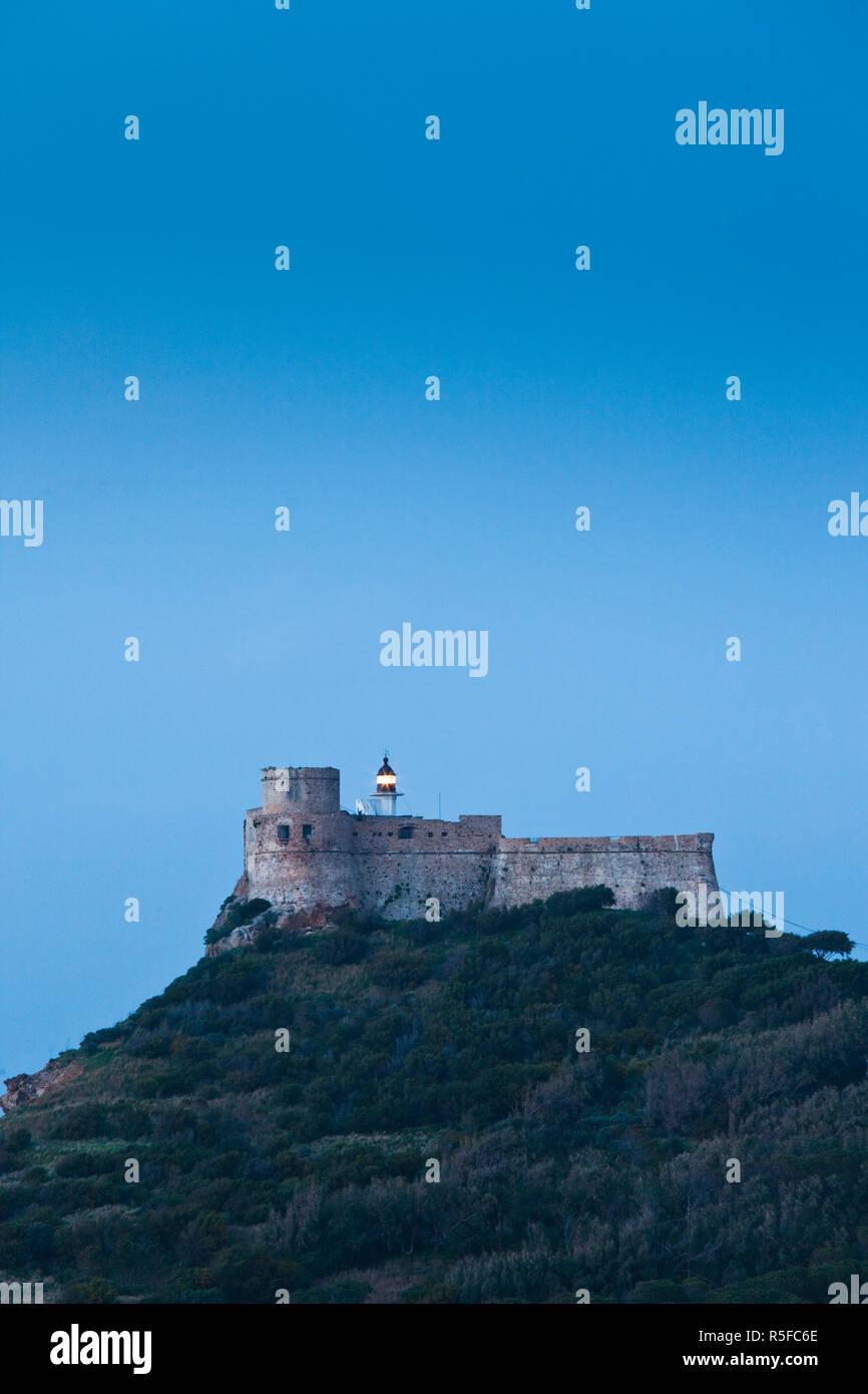 Tunesien, nördliche Tunesien, Tabarka, genuesischen Fort und Leuchtturm, Abends Stockbild
