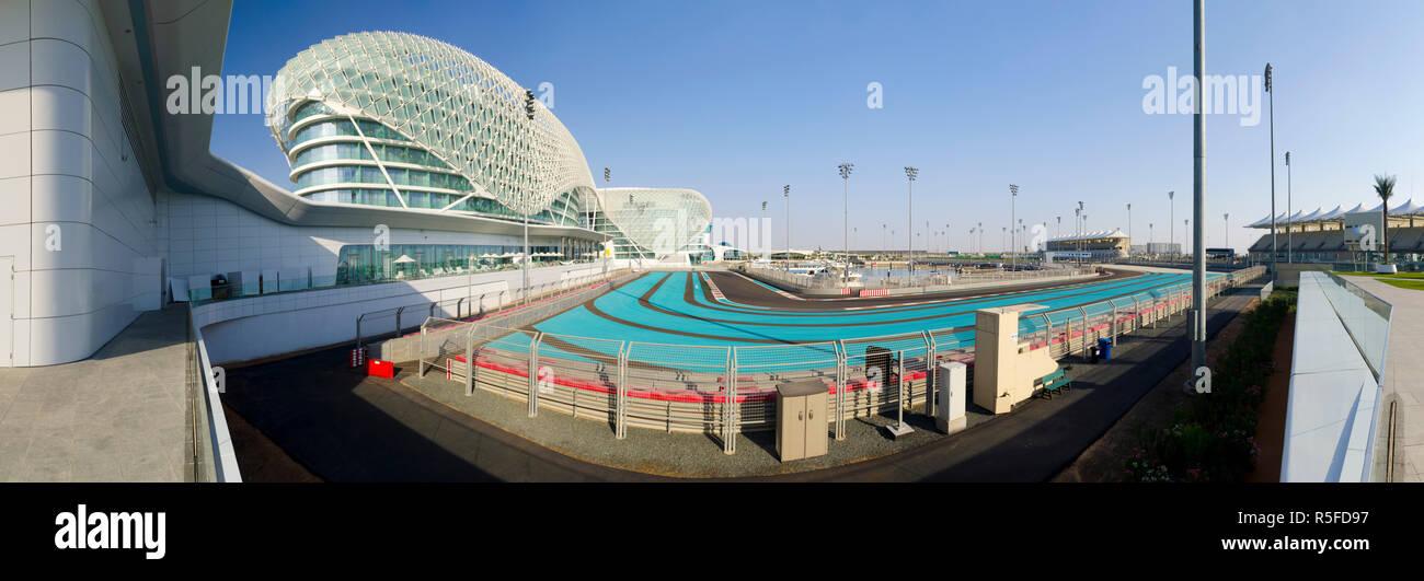 Die Vereinigten Arabischen Emirate, Abu Dhabi, Yas Island, dem Yas Hotel und Yas Marina Grand Prix Rennstrecke Stockbild