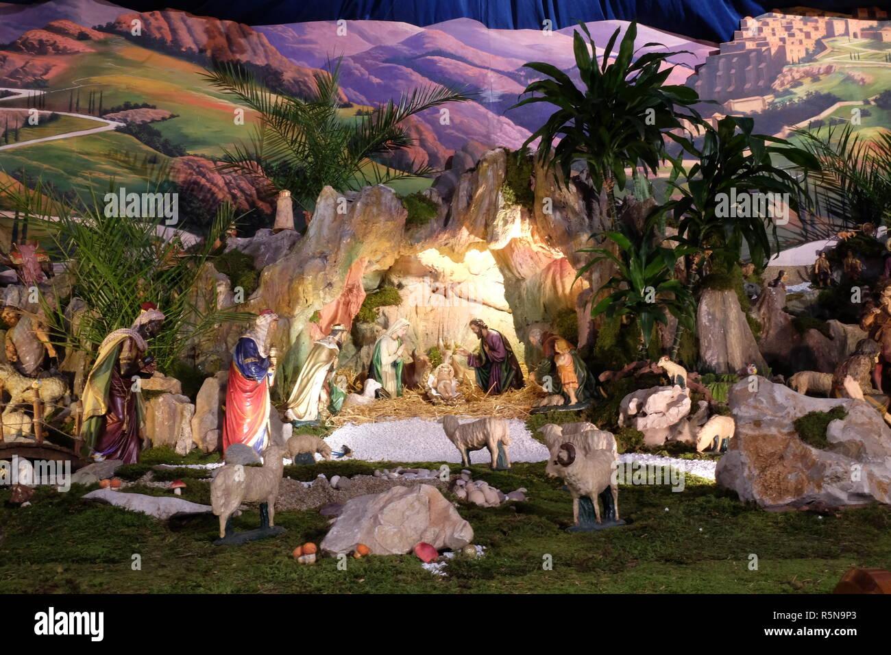 Bilder Krippe Weihnachten.Krippe Weihnachten Krippe In Der Kirche Des Heiligen Franz Von