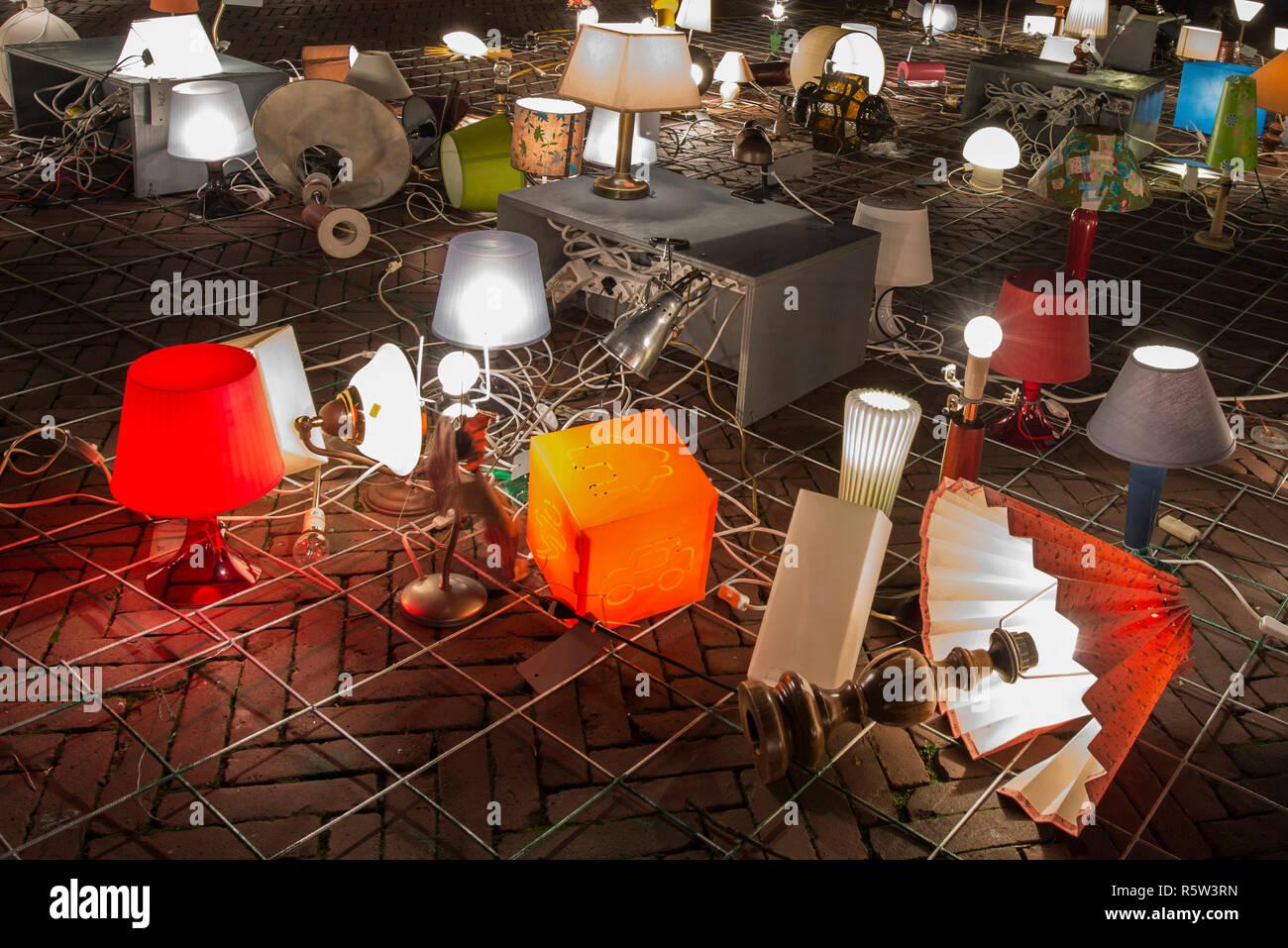 Licht Tour Amsterdam : Artwork wir licht in amsterdam amsterdam mit lampen licht festival