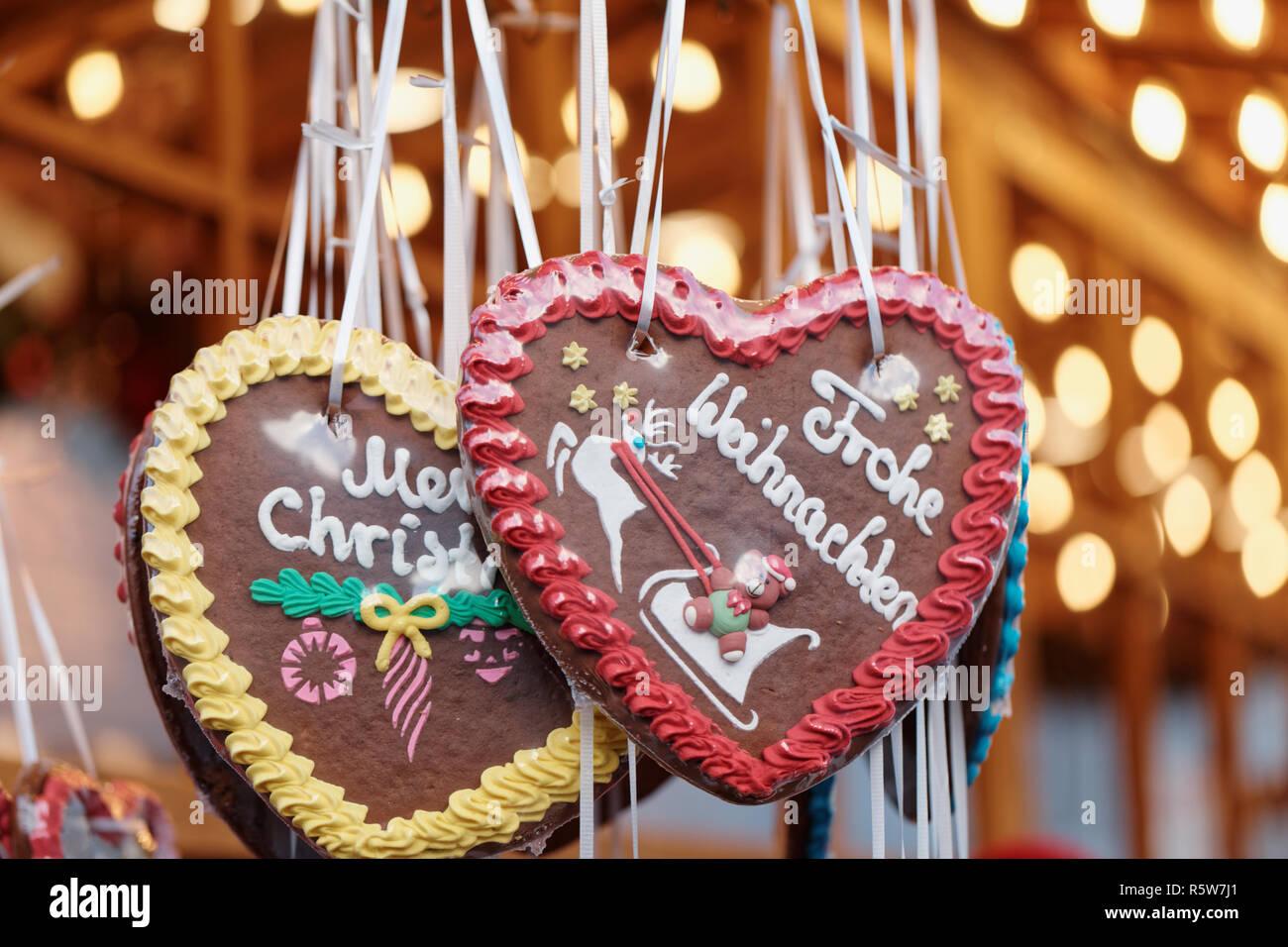 Weihnachtsmarkt Auf Englisch.Deutsche Weihnachten Lebkuchen Auf Einem Weihnachtsmarkt Mit Den