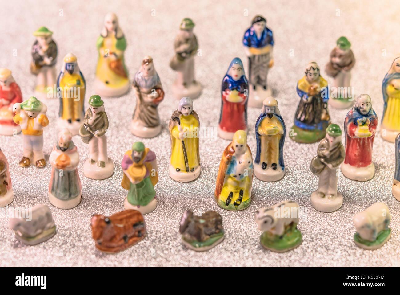 Kleine Figuren Von Krippenfiguren Aus Der Franzosischen Provence