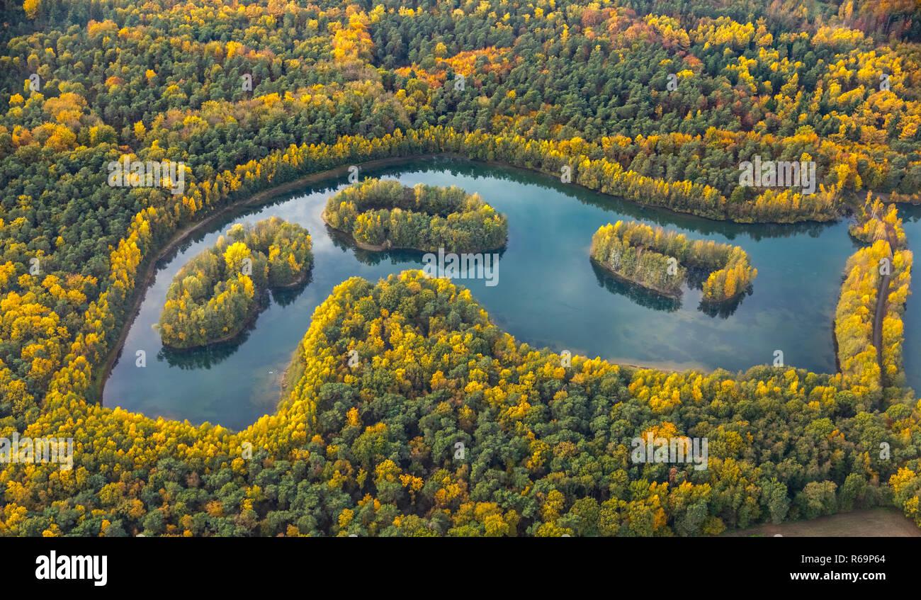Luftaufnahme, See Heidesee, Inseln mit Herbst Wald, bunte Blätter im Herbst, Grafenwald, Kirchhellen, Bottrop, Ruhrgebiet Stockfoto