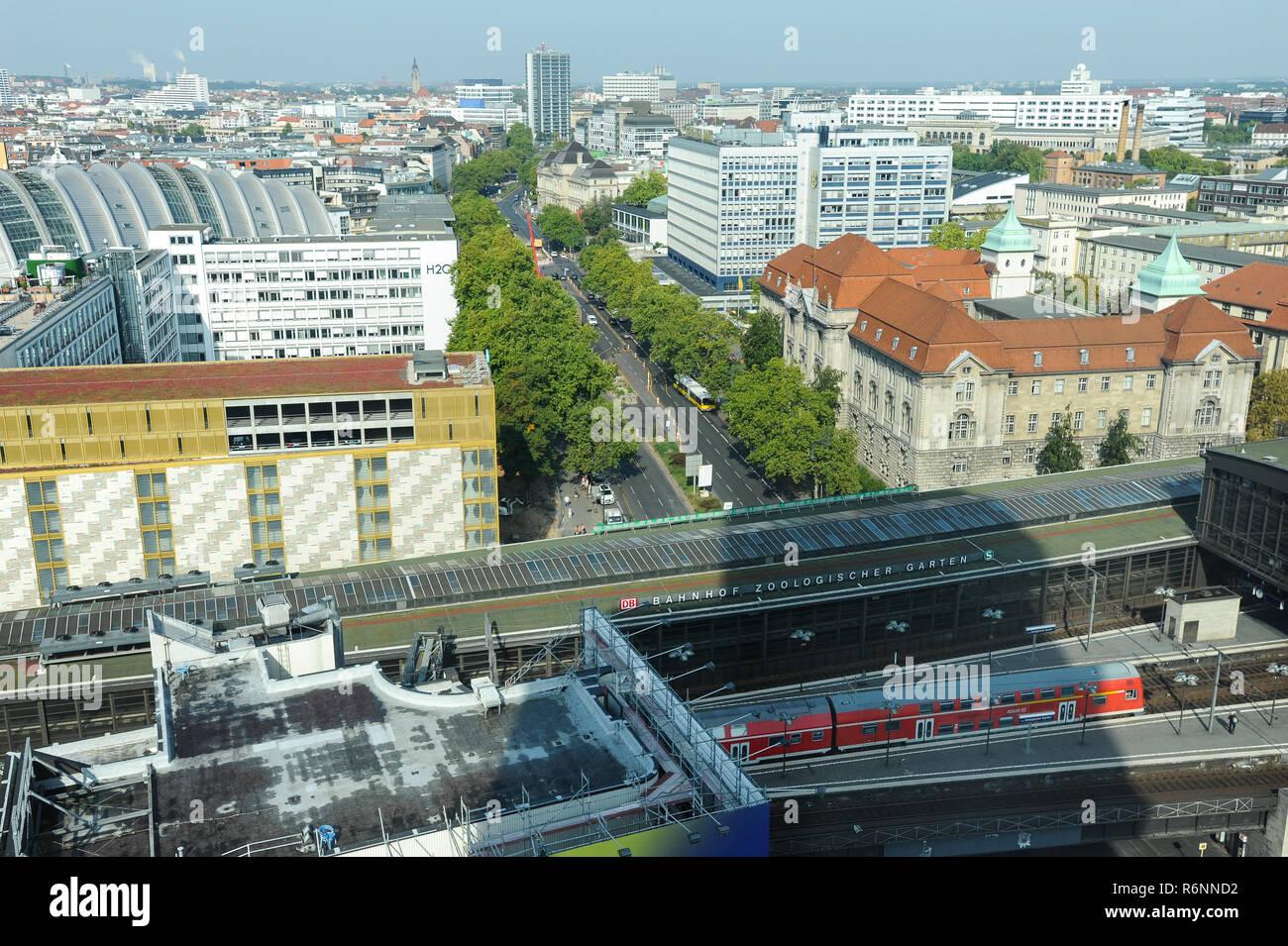 Europa Garage Hardenberg : Berliner stadtbezirk charlottenburg wilmersdorf stockfotos