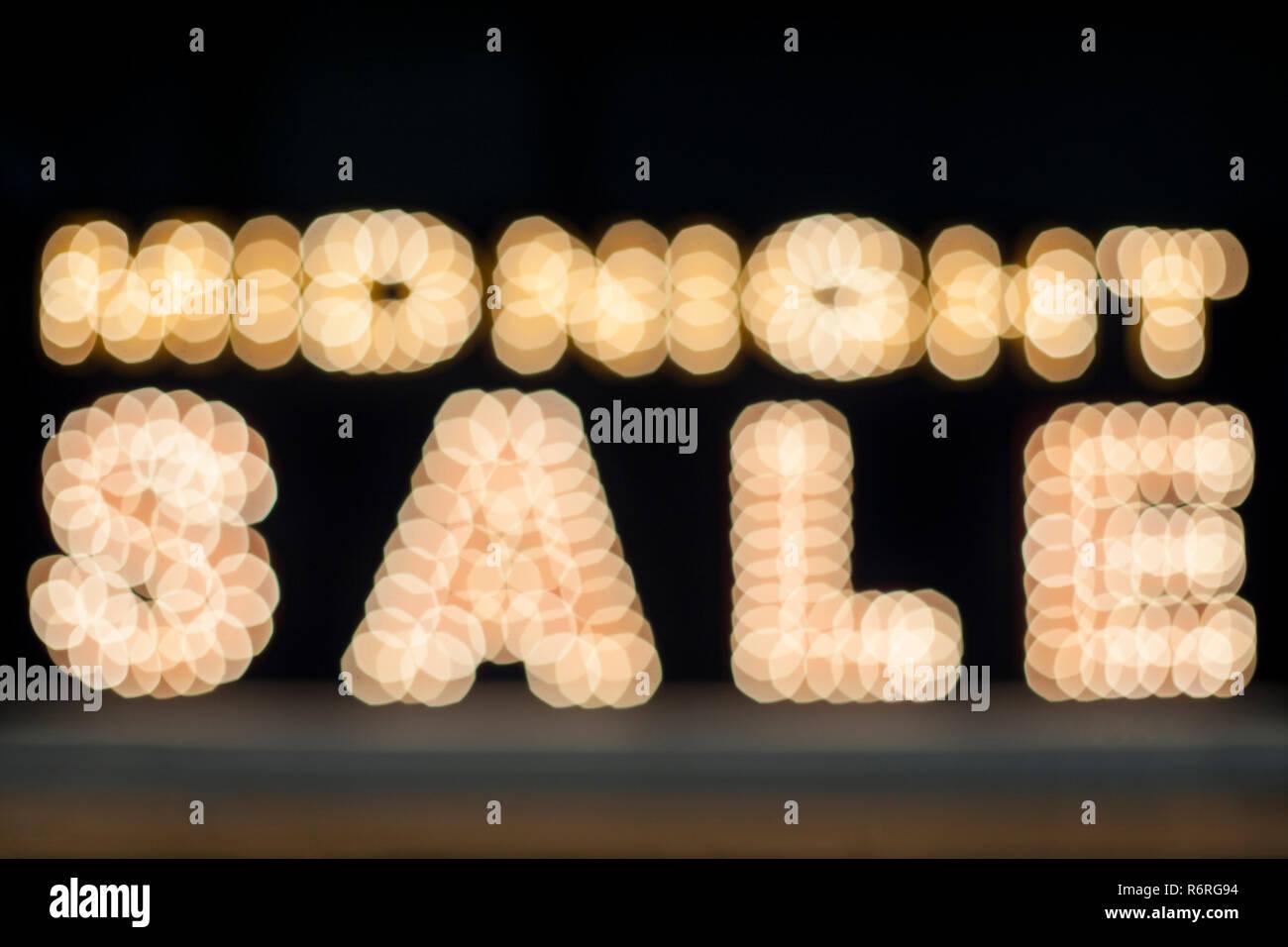 24:00 Verkauf Hintergrund. Bunte vintage Werbung Schild mit Beleuchtung Stockbild