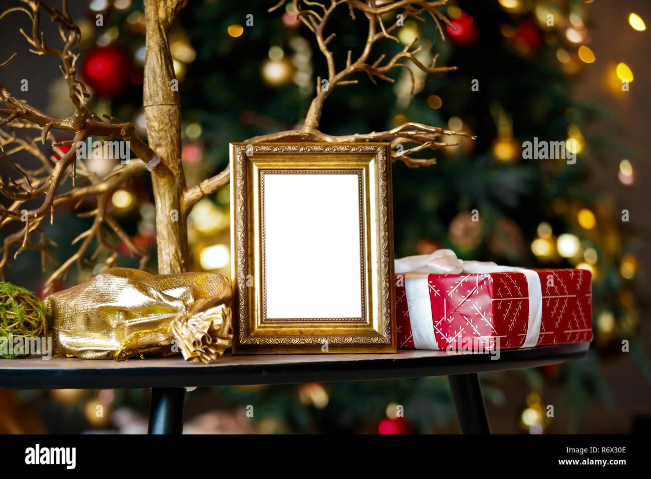Fotorahmen Weihnachten.Leeren Fotorahmen In Weihnachten Innenraum Stockfoto Bild